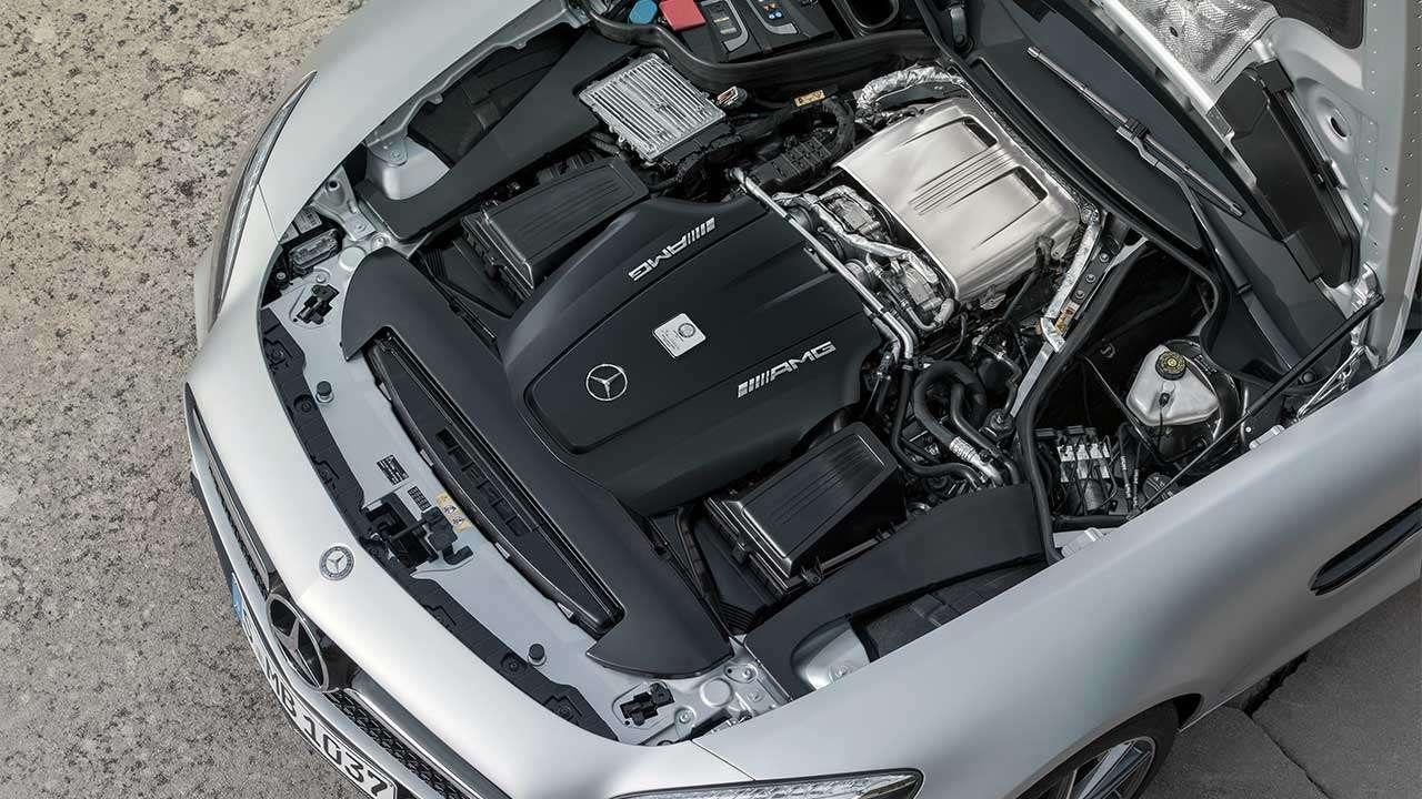 Фото двигателя Мерседеса AMG GT