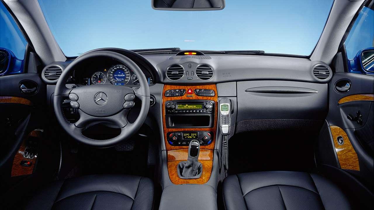 Салон Mercedes CLK W209