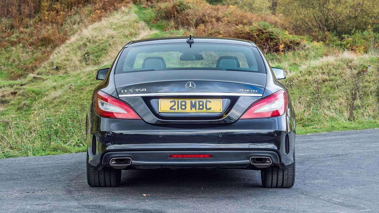 Задняя часть Mercedes-Benz CLS-Class C218
