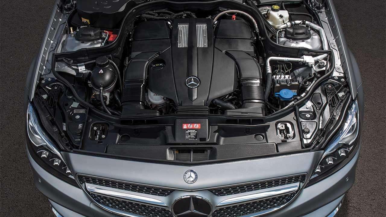 Двигатель V8 Мерседеса С218