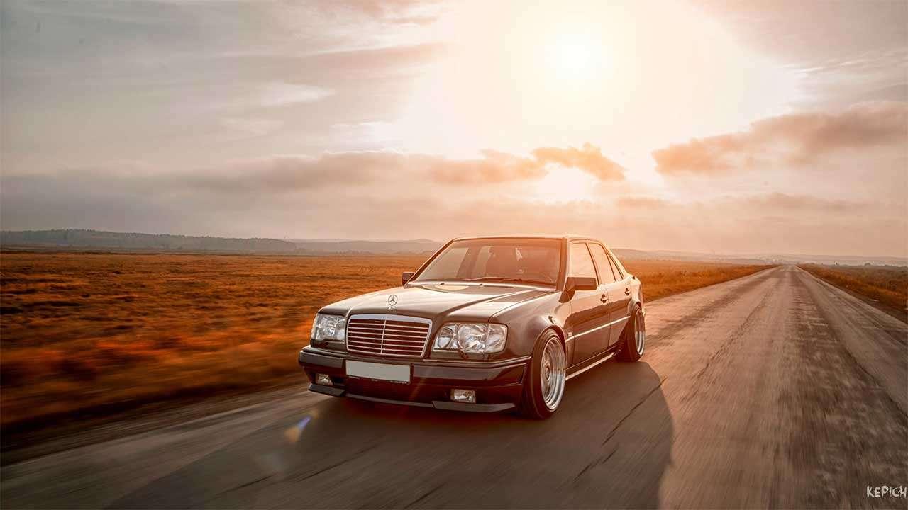 Красивое фото Mercedes E500 W124