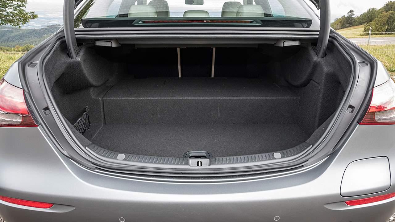 Багажник Mercedes-Benz E300e