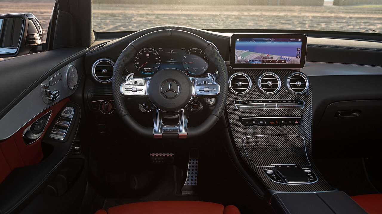 Фото салона Mercedes-Benz GLC 63 AMG