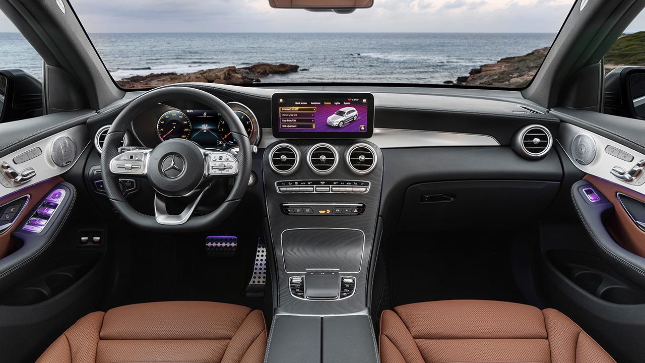 Салон Mercedes-Benz GLC 2020-2021