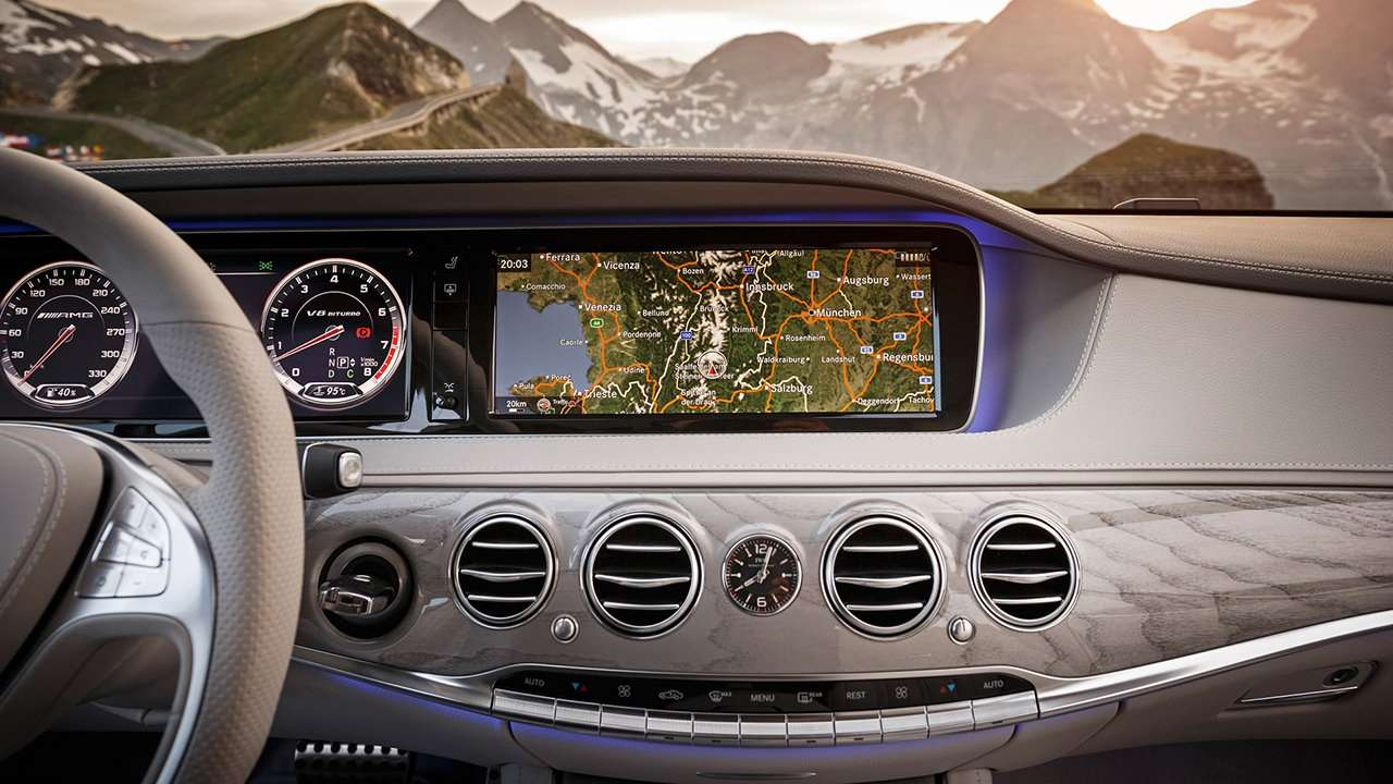 Мультимедиа Mercedes-Benz S63 AMG