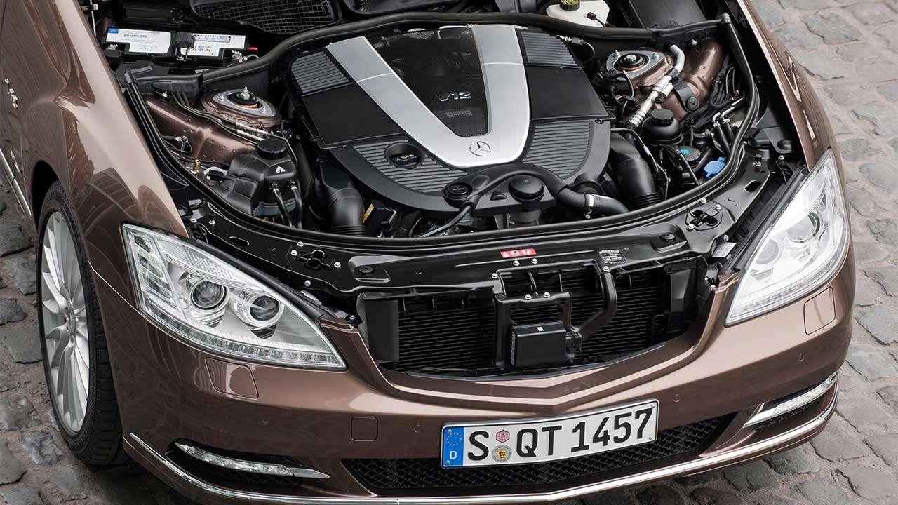 Двигатель V12 Мерседеса С-Класса