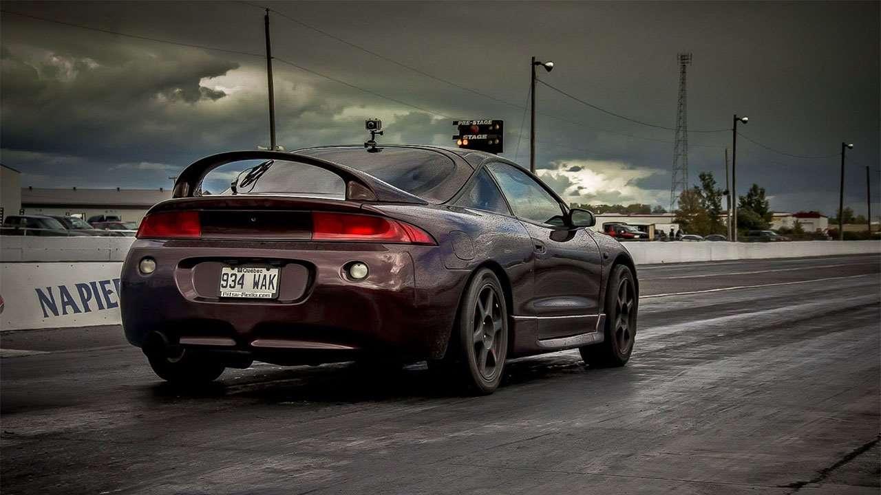 Фото Mitsubishi Eclipse 2G сзади