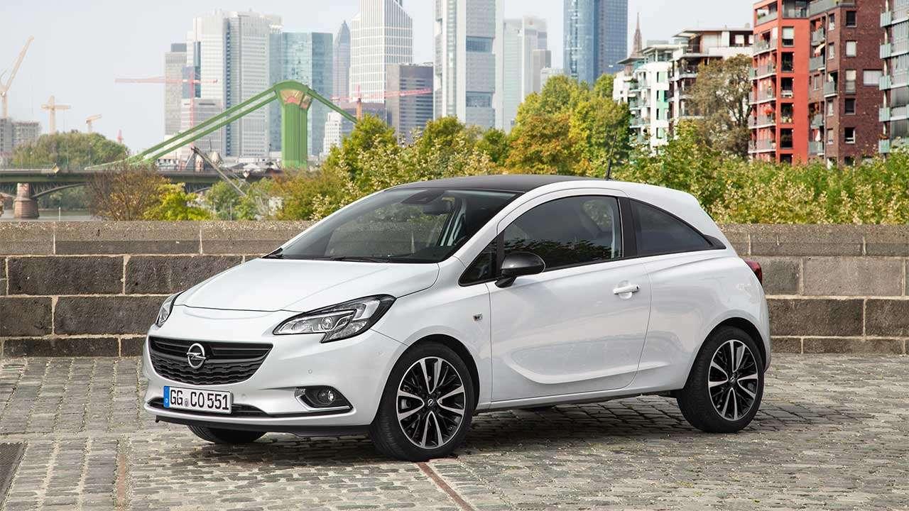 Opel Corsa E 2014-2019 фото спереди