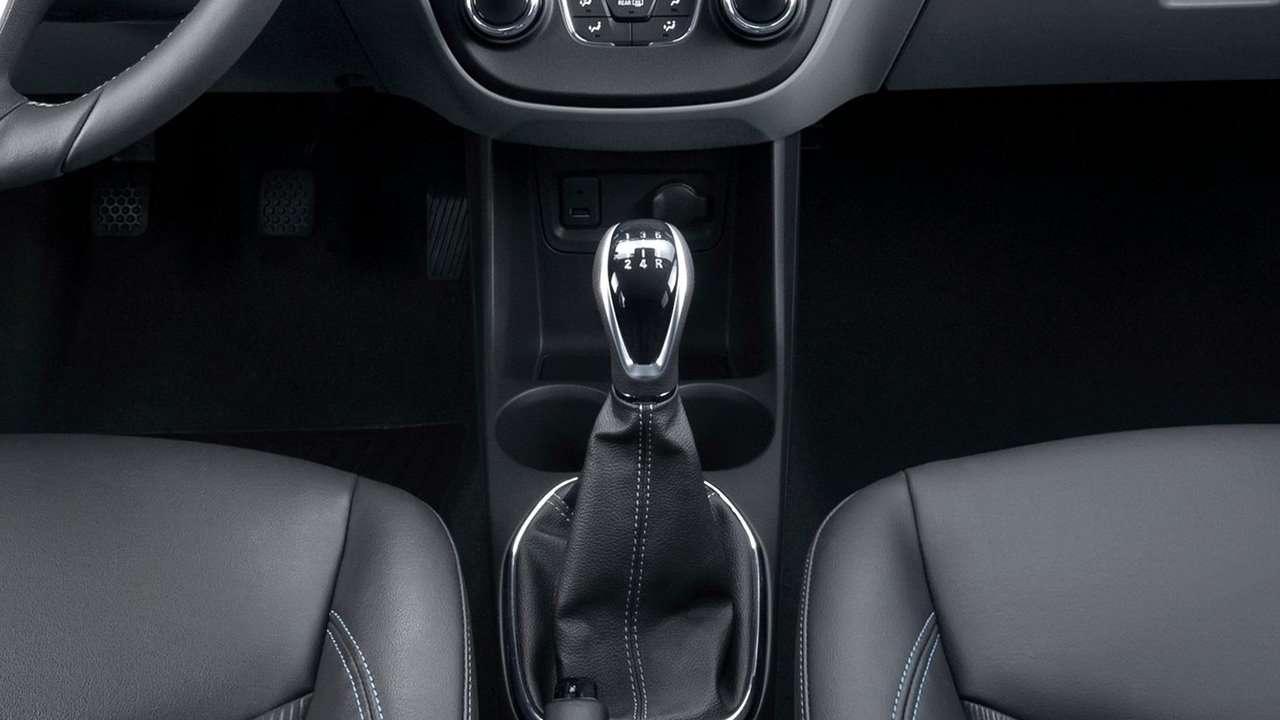 Opel Karl фото КПП