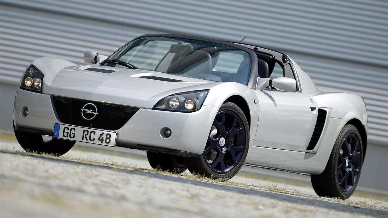 Фото Opel Speedster спереди