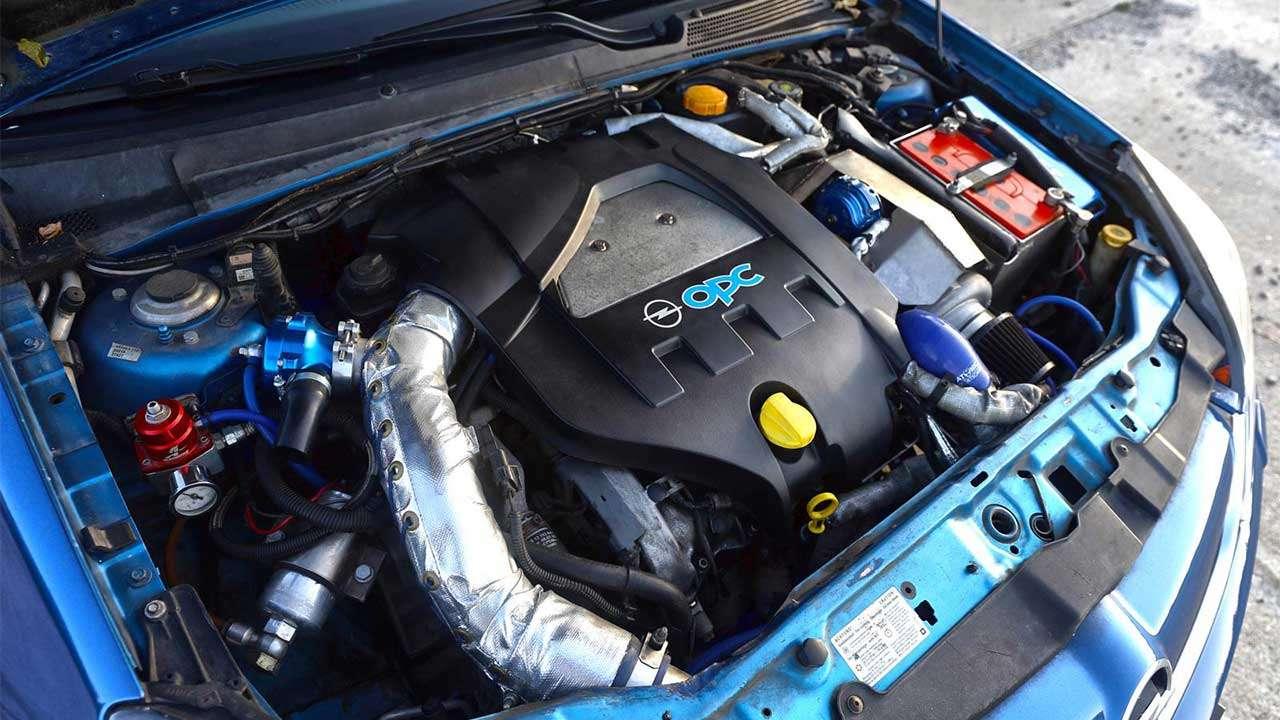 Фото двигателя Опель Vectra OPC