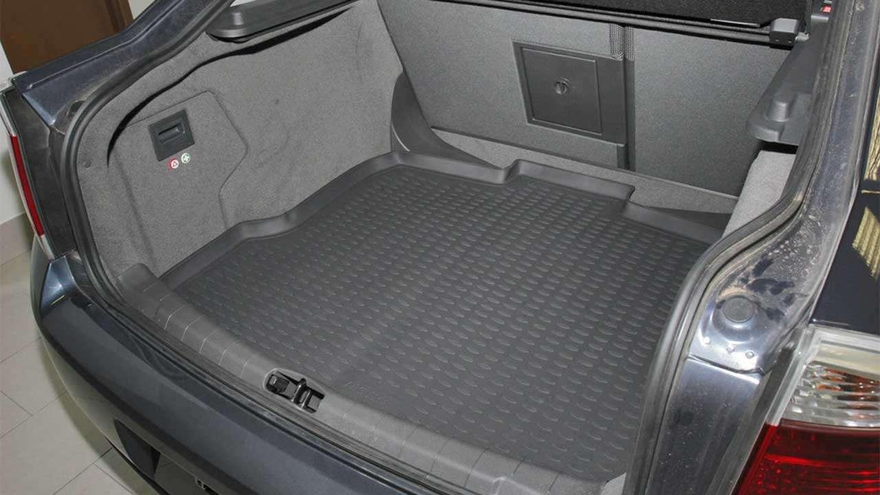 Фото багажника Opel Vectra C