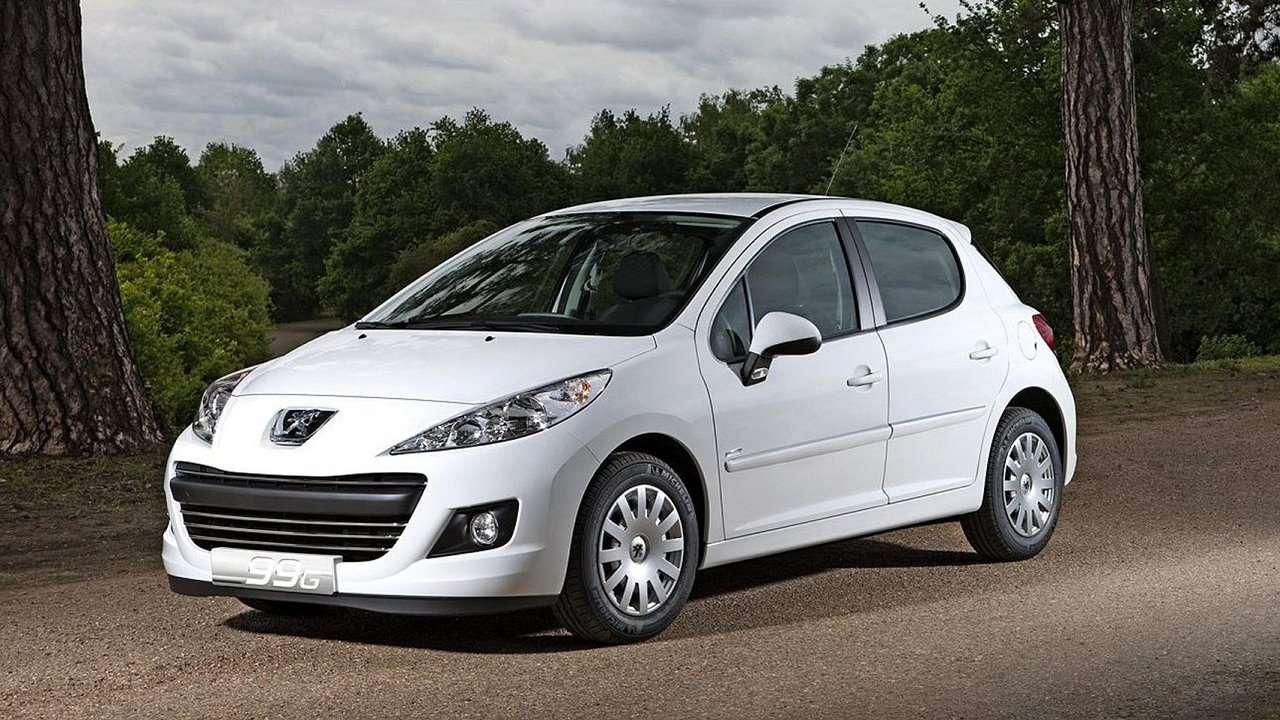 Peugeot 207 2009 фото спереди