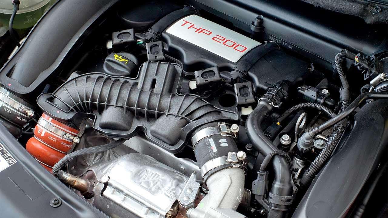 Фото двигателя Peugeot 208 GTi