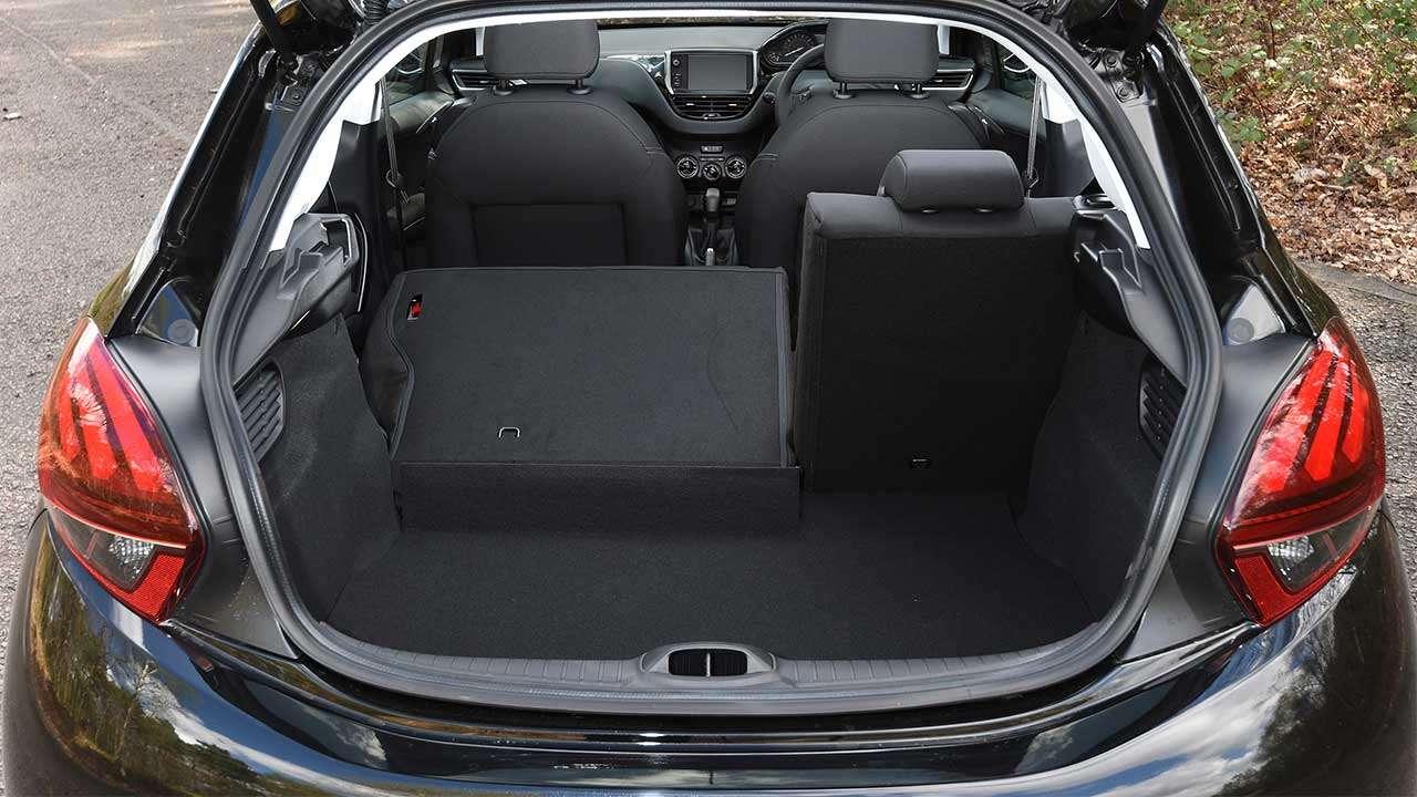 Багажник Peugeot 208
