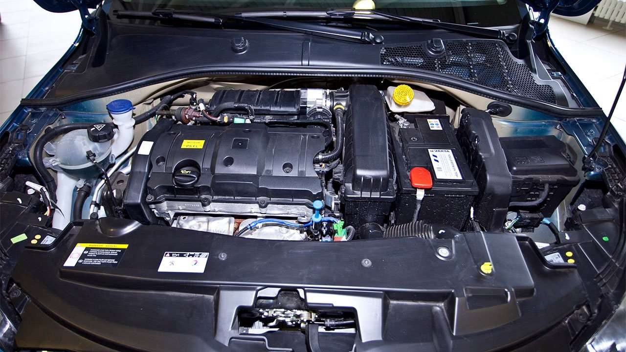 Фото двигателя Peugeot 301