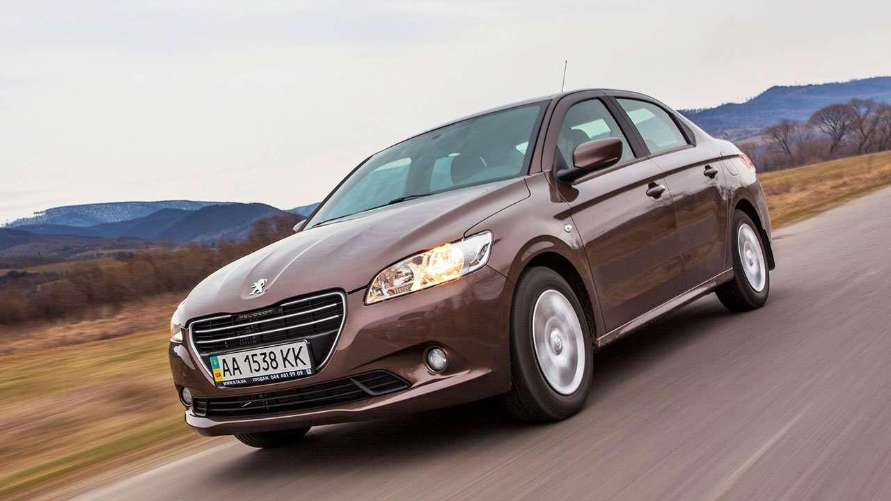 Peugeot 301 2013 сиденья