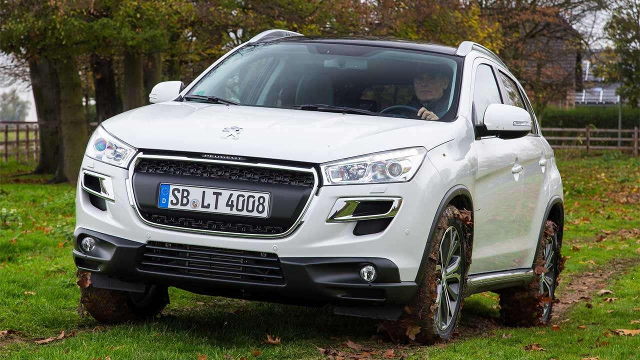Фото белого Peugeot 4008