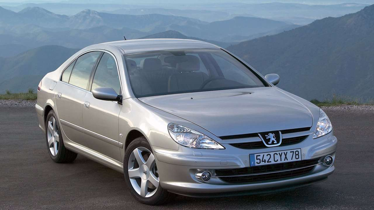 Peugeot 607 (2004-2010) фото спереди
