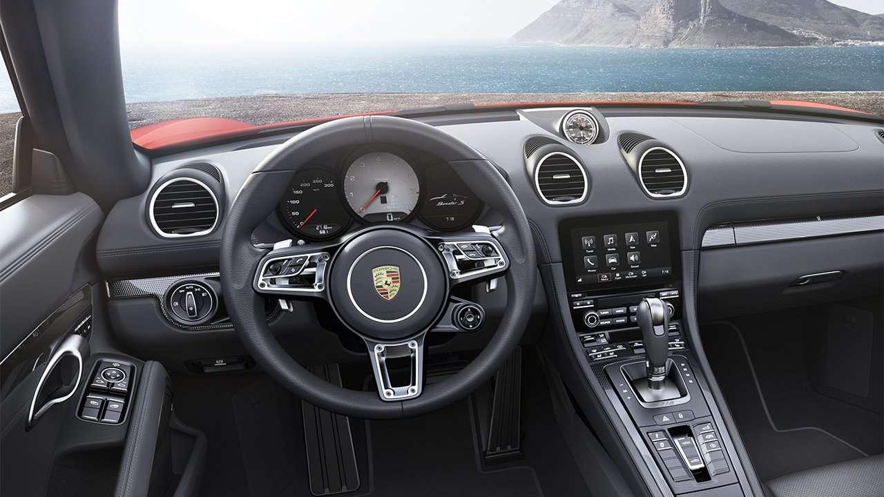Фото салона Porsche 718 Boxster