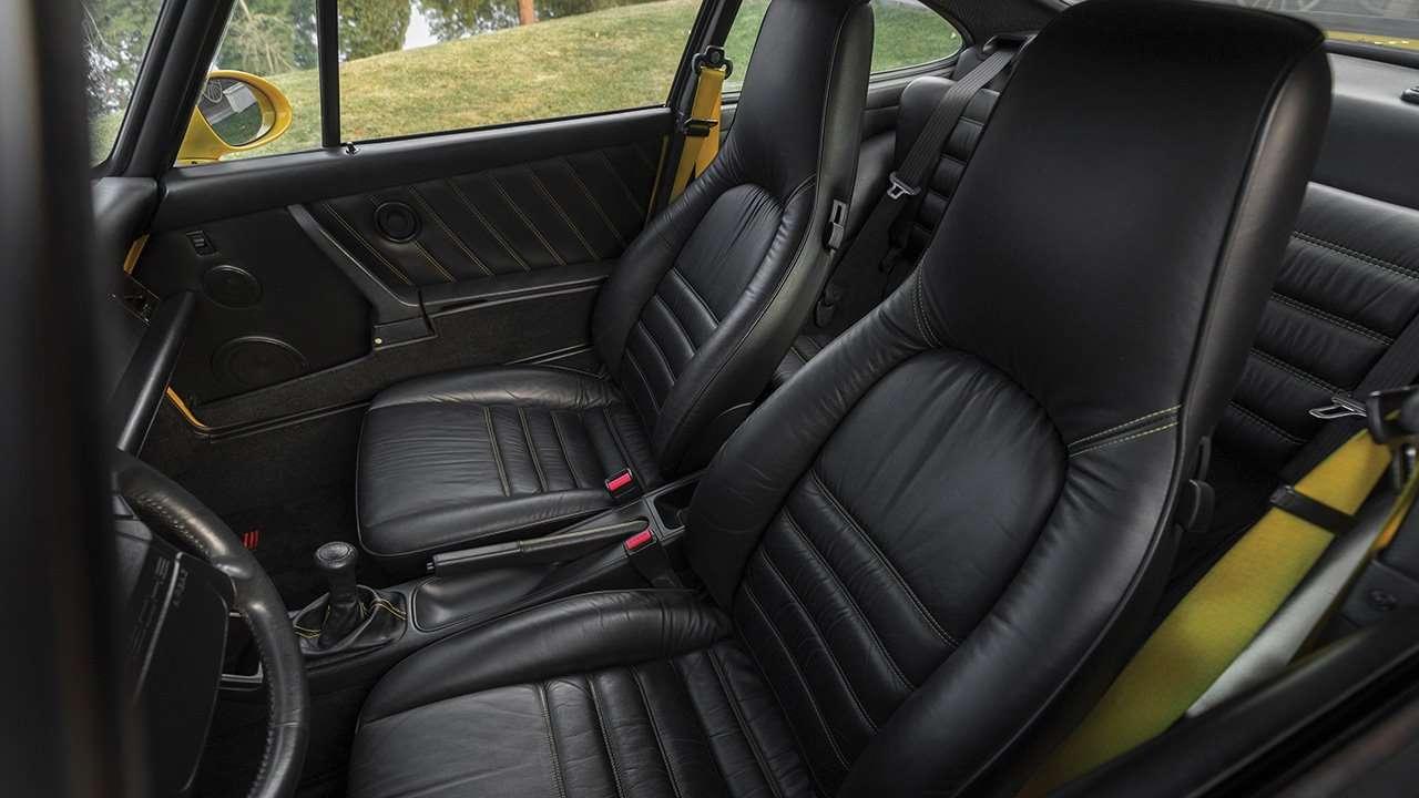 Передние сиденья Porsche 911 (964)