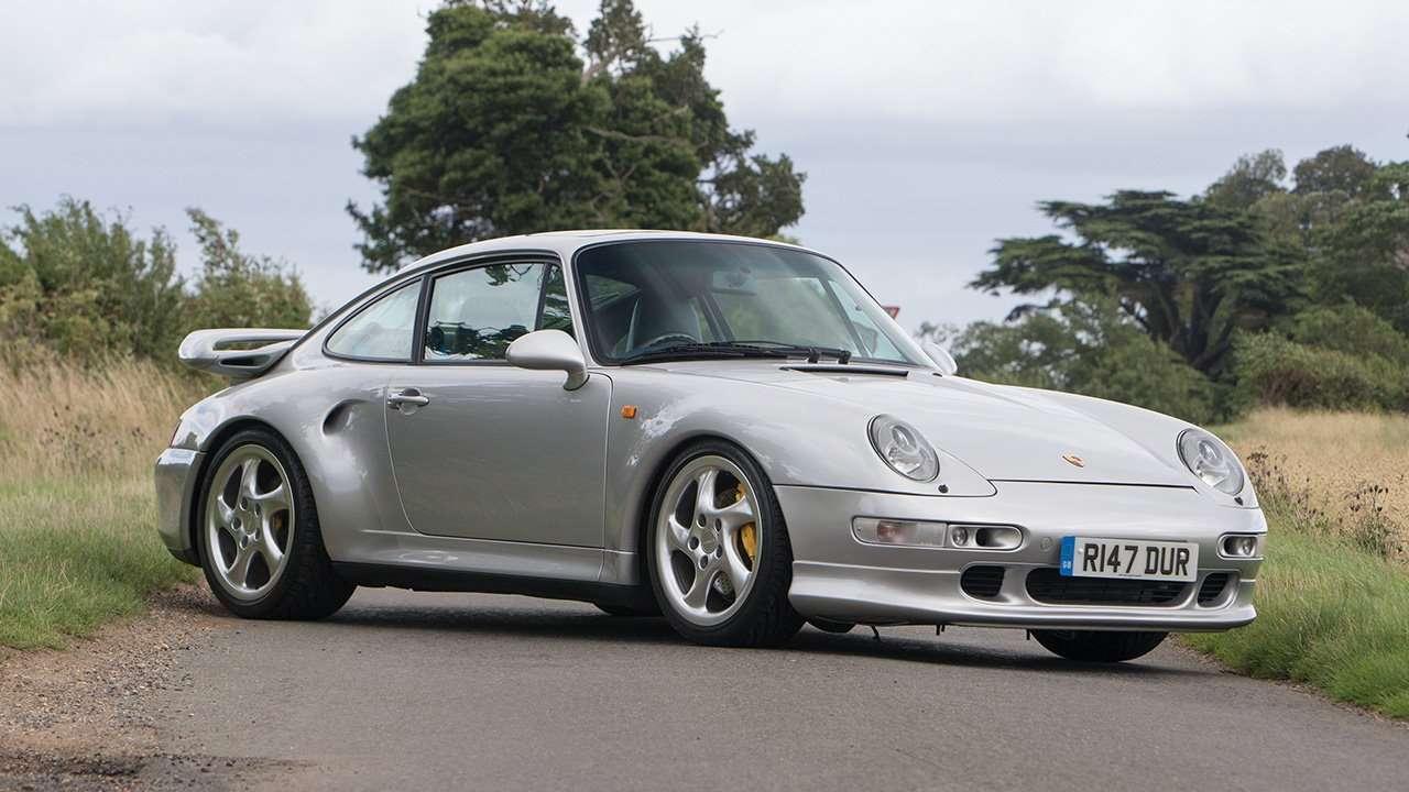 Porsche 911 (993) фото спереди