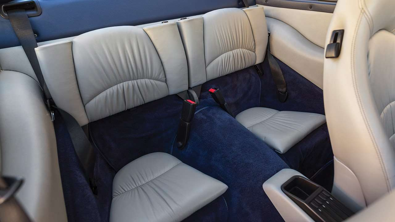 Задние сиденья Порше 911 (993)