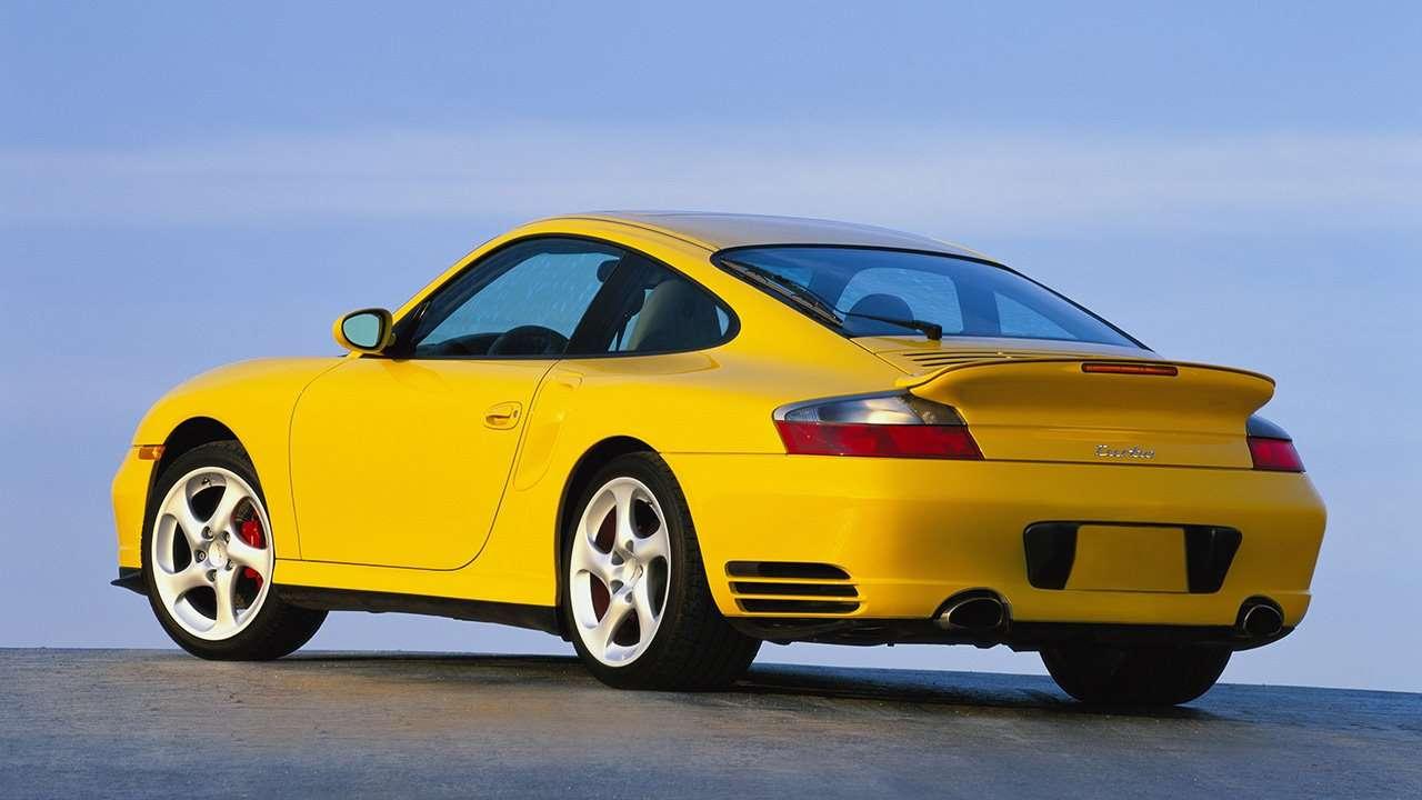 Рестайл Porsche 911 996 сзади