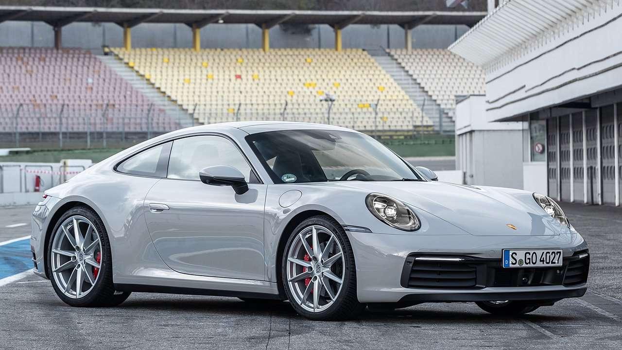Porsche 911 2020-2021 фото спереди