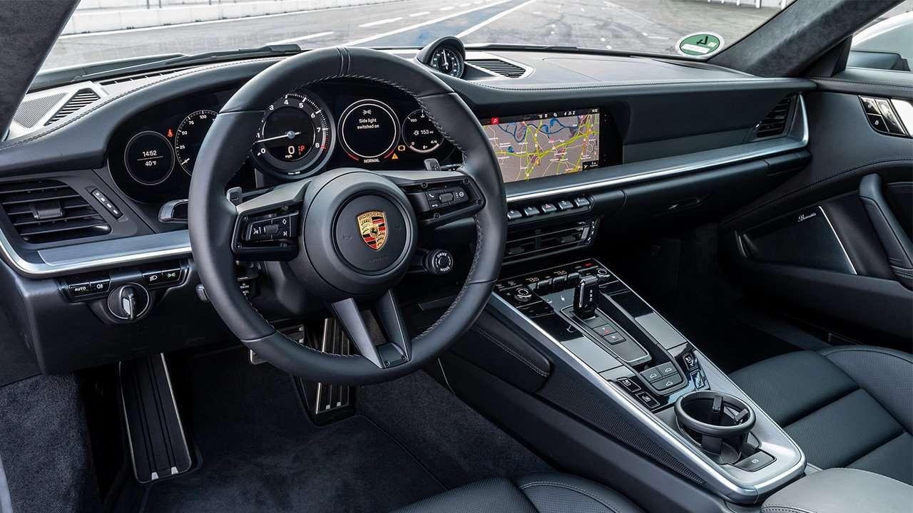 Салон Porsche 911 2020-2021