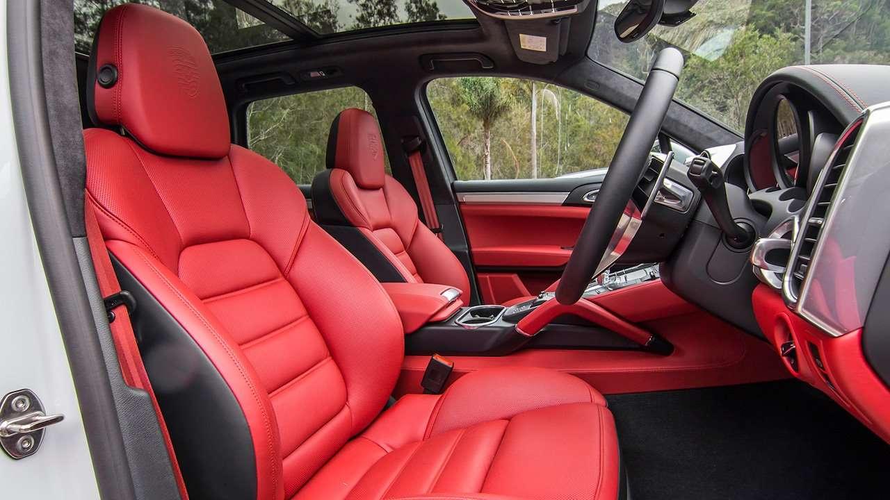 Передние кресла Cayenne 958 Turbo
