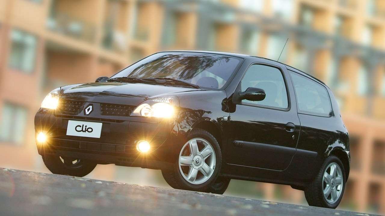 Черный 3-дверный Renault Clio 2