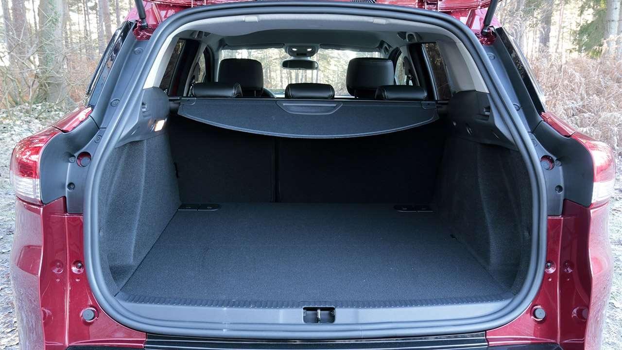 Багажник универсала Клио 4