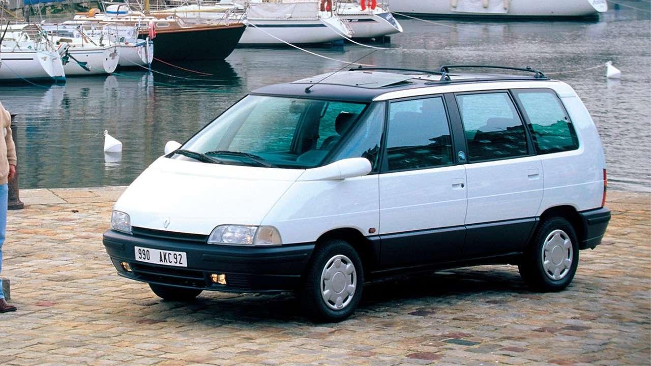 Белый минивэн Renault Espace 2