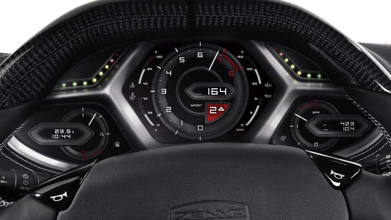 Приборная панель обновленного Zenvo ST1