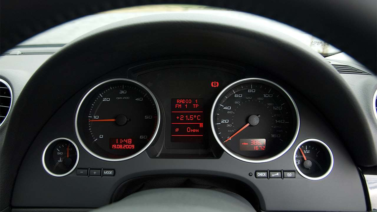 SEAT Exeo 2010 приборная панель