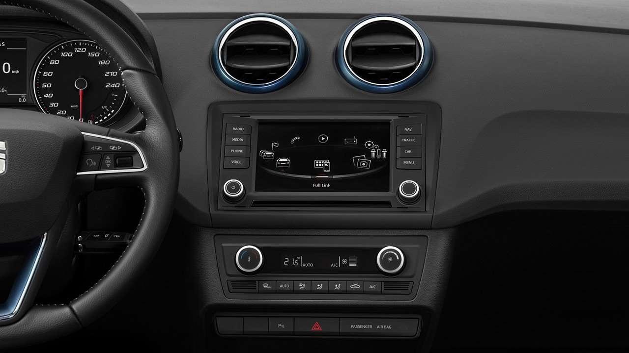 SEAT Ibiza 4 интерьер