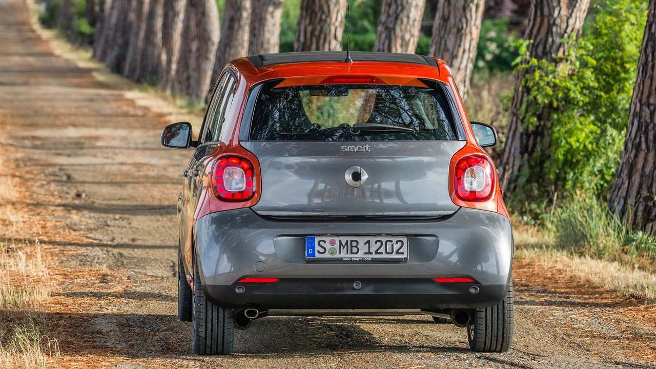 Smart Forfour 2015 фото сзади