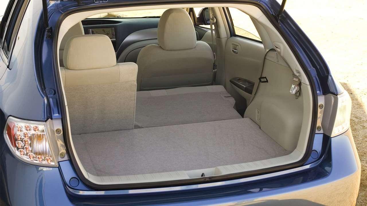 Багажник третьей Subaru Impreza