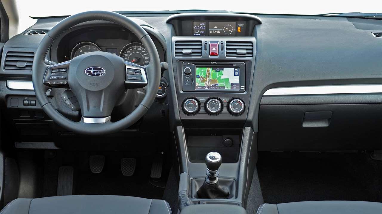 Subaru XV 2012-2016 салон