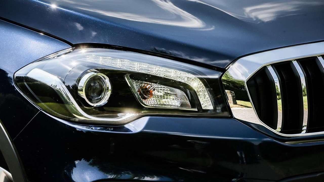 Suzuki SX4 2019-2020 передняя фара