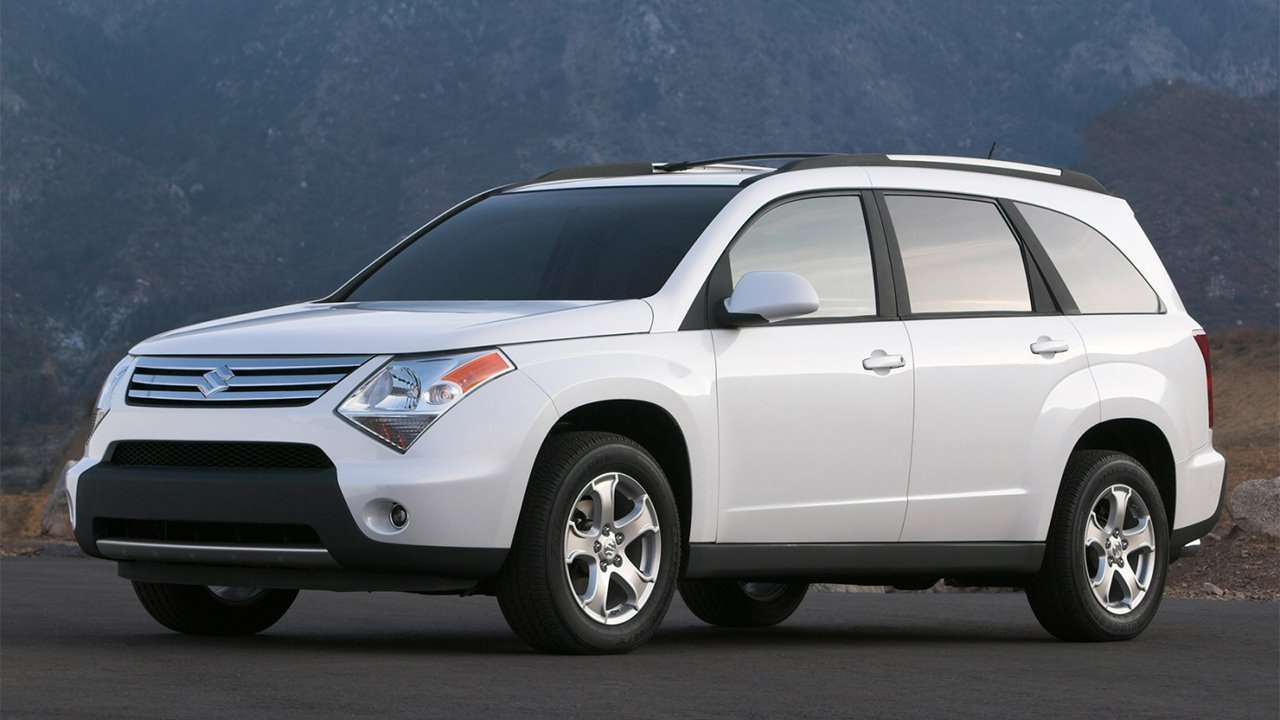 Suzuki XL-7 (2007-2009) фото спереди