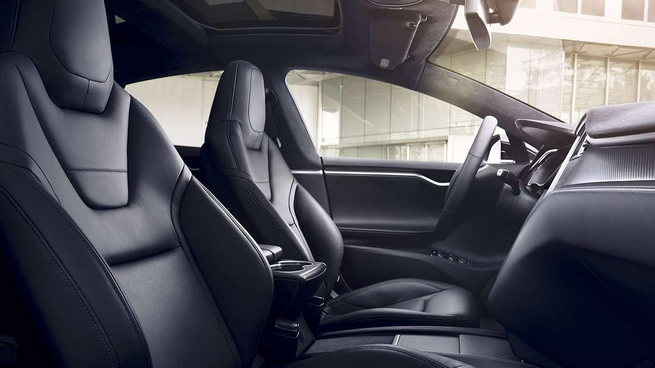 Передние сиденья Tesla Model X 2020-2021