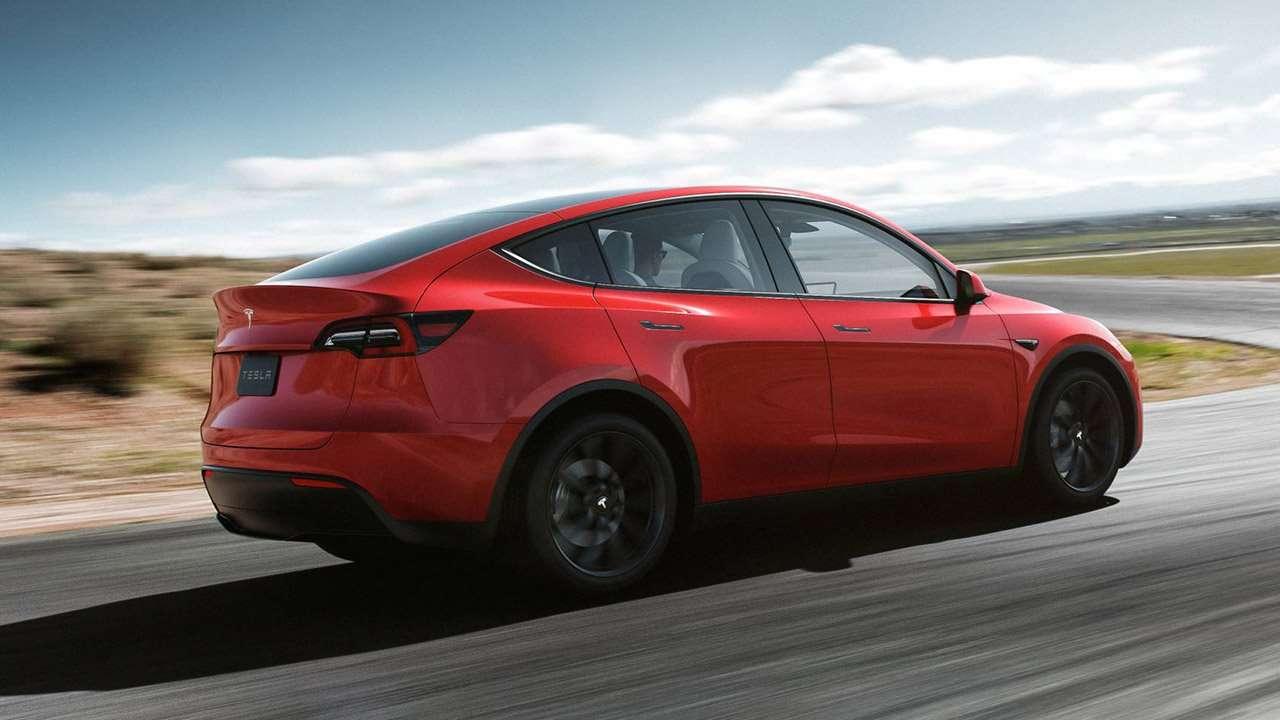 Задняя часть Tesla Model Y