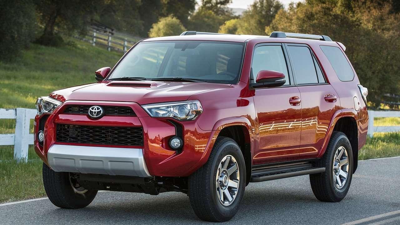 Toyota 4Runner 2019-2020 фото спереди