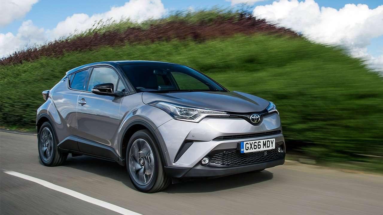 Передняя часть Toyota C-HR 2020-2021