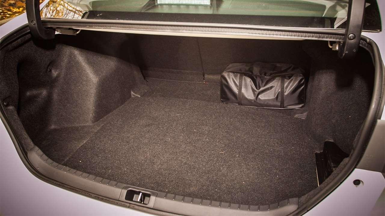 Багажник десятой Короллы