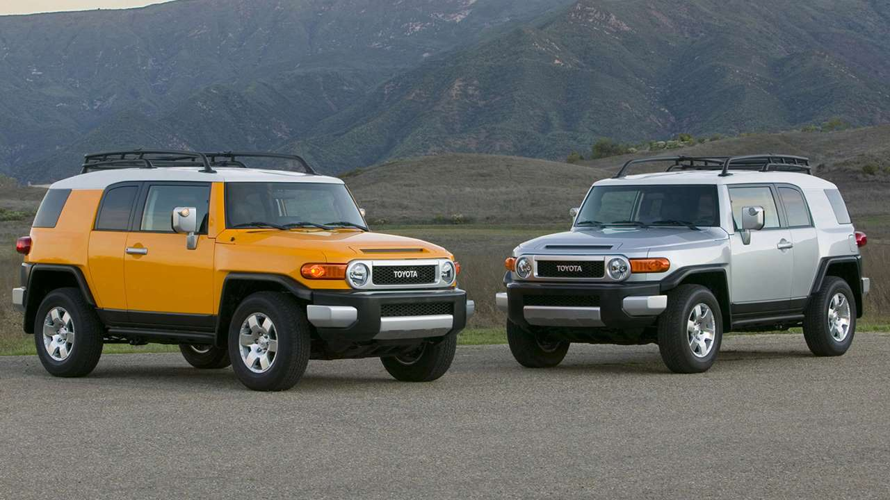 Toyota FJ Cruiser фото моделей