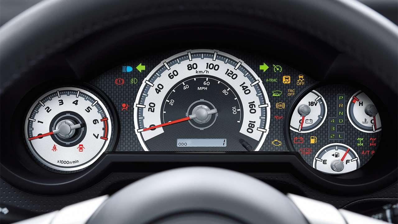 Приборная панель Toyota FJ Cruiser