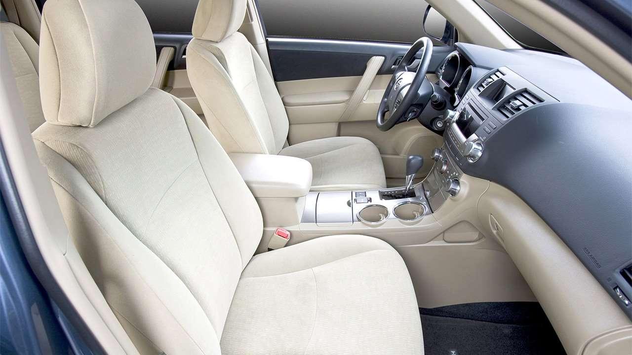 Передние кресла Toyota Highlander XU40